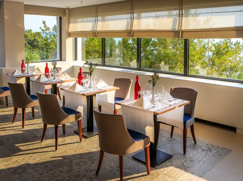 ABR_FB_Culinarium_A_La_Carte_Restaurant_-_Interior_View