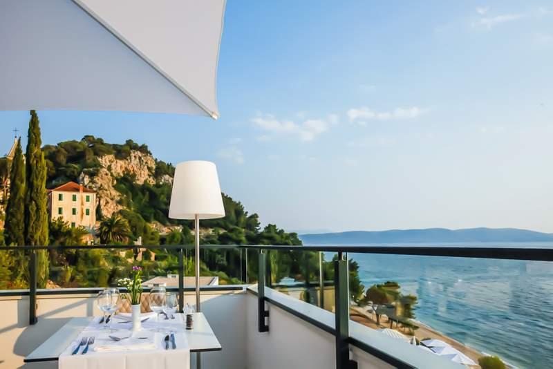 ABR_F_B_Culinarium_Terrace