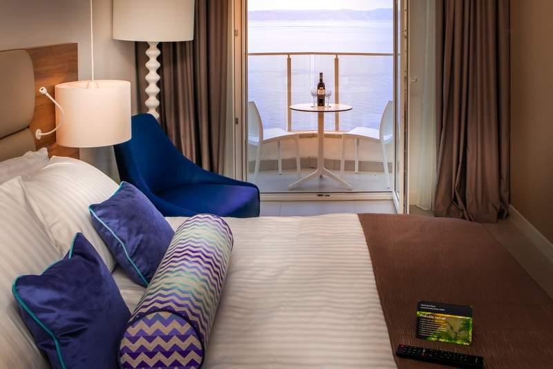 Superior_Room_-_Sea_View__2_